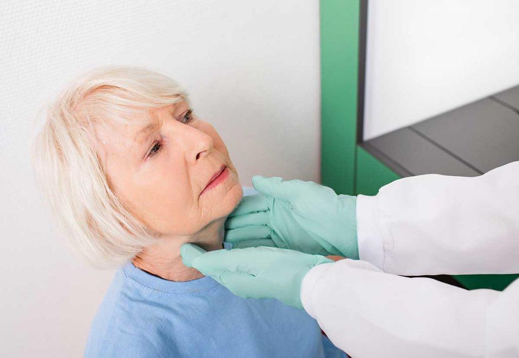 Cómo tratar los problemas de hipertiroidismo